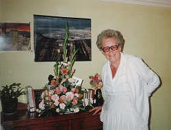 80th-with-flowers-vinspire-1